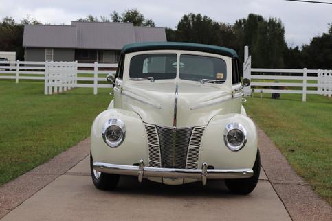 1940 Ford (24).JPG