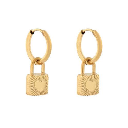 Locked hearts oorbellen goud (stainless steel)