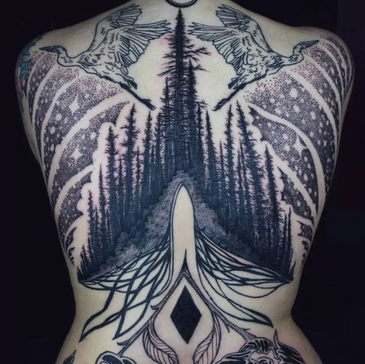 Sacred Skin Incantation: Interview with Tattoo Artist Noel'le Longhaul