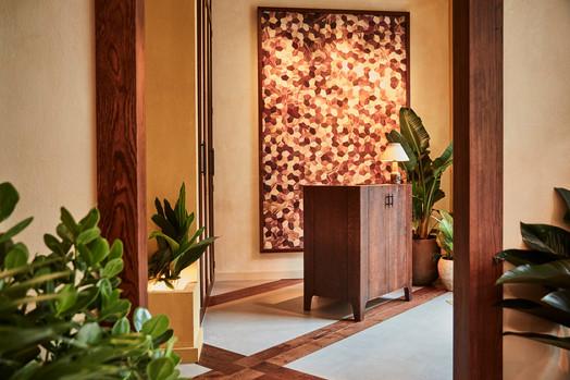 Entrance - chiselled oak desk and Fernando Laposse artwork Photo credit: Charlie Mckay