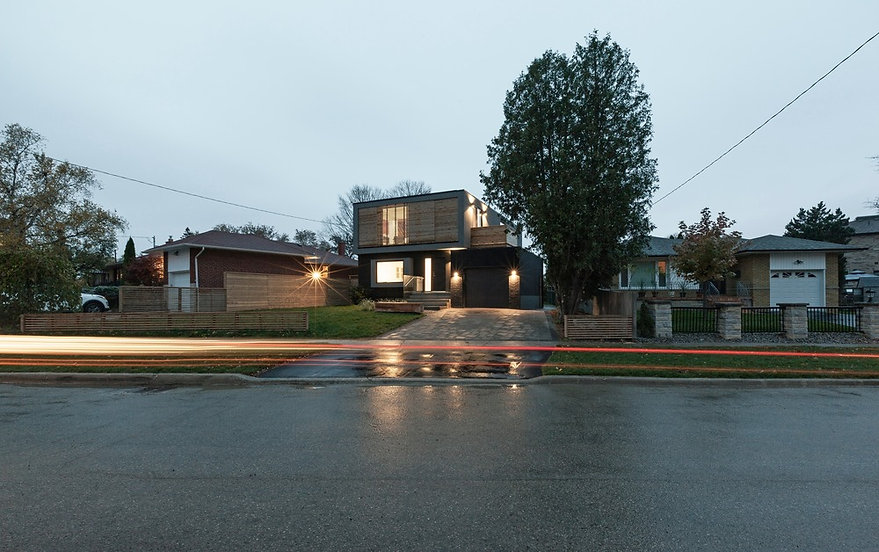 flipped-house-atelier-rzlbd