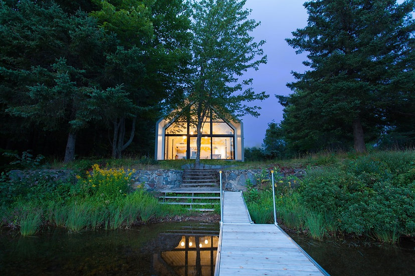 window-on-the-lake-yh2