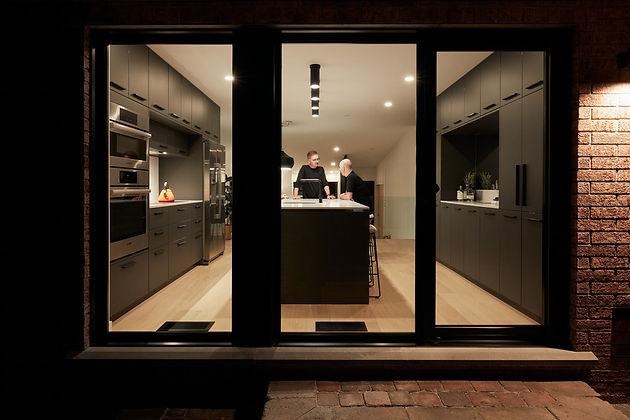 19_055_renovation_c+g_desk_architectes