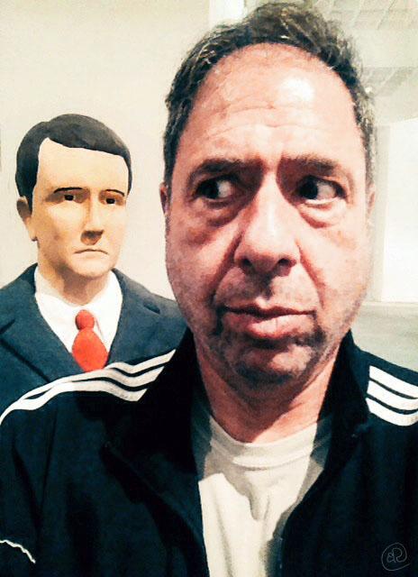 Selfie in Tel Aviv museum WM.jpg
