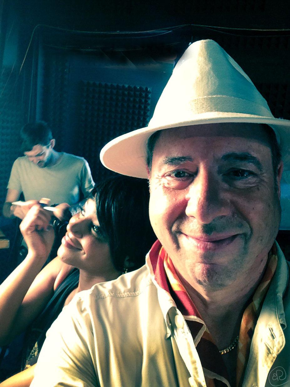 Selfie on Safari Set.jpg
