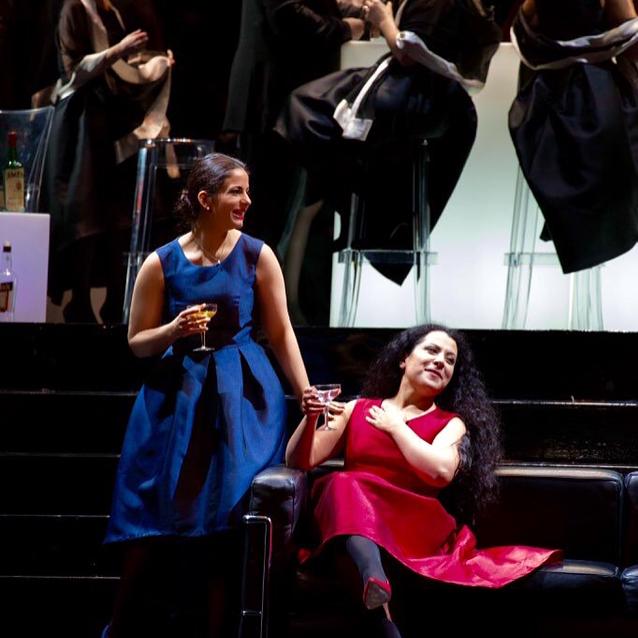 Alice as Flora,Maria Katzarava as Violet