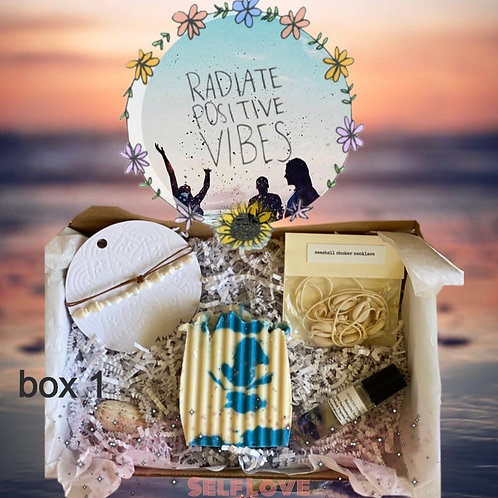 Ocean Beach Lovers Box