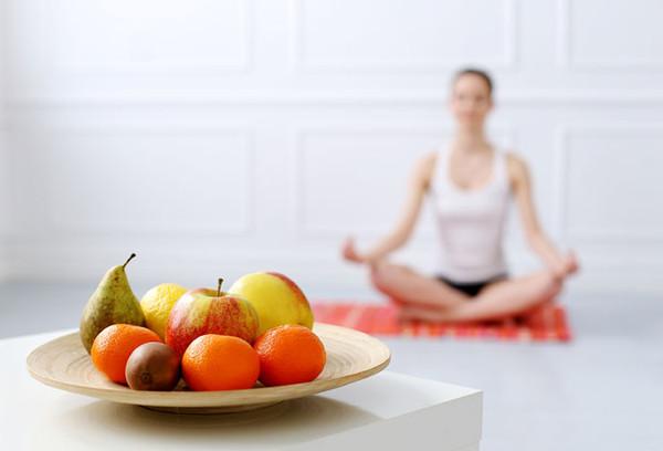 """""""Mangia Medita Ama"""" Presentazione del percorso di consapevolezza di sé con il cibo"""