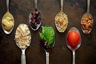 Mangia Medita Ama:percorso di consapevolezza di sè con il cibo