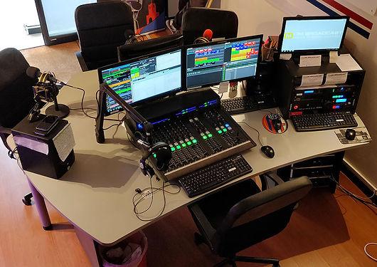 radio-studio-packages-studio-basic-990px