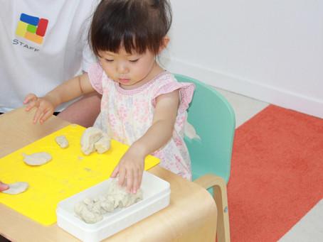 粘土の触感を楽しめる時期