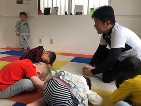 体操クラス:1〜2歳