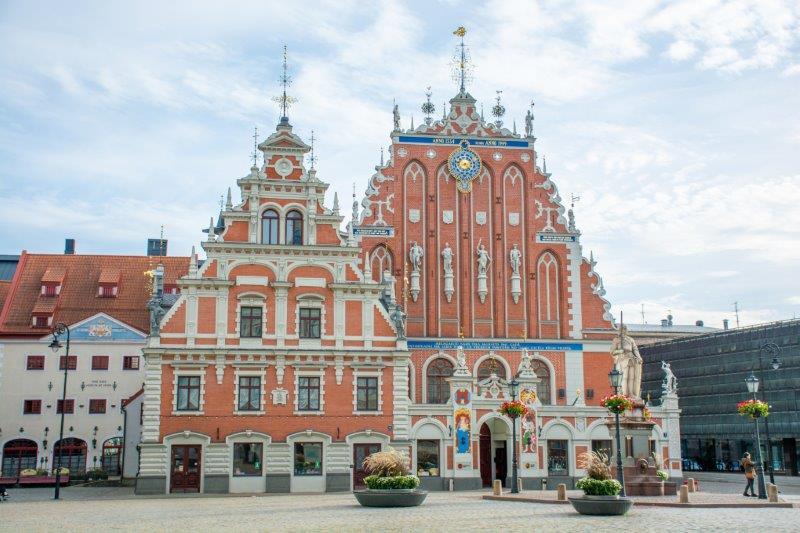 Hiša črnoglavcev Riga Potujoči brlog