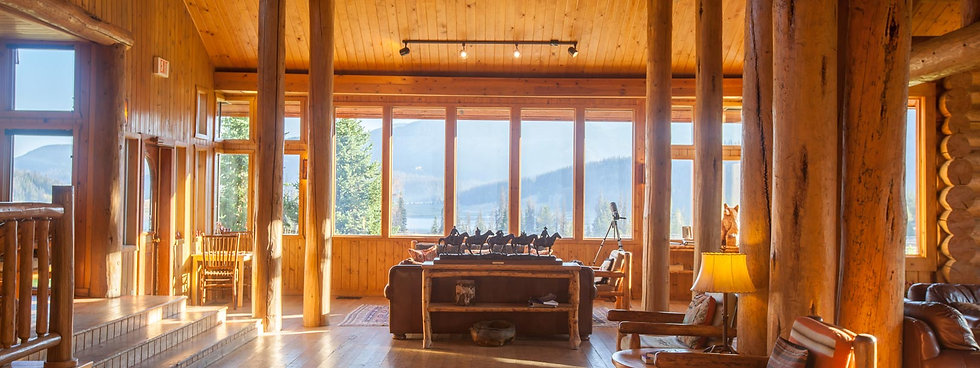 A sunny room at Brooks Lake Lodge, an all-inclusive luxury resort near Yellowstone