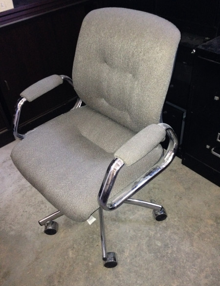 Gray-Steelcase-Mobile-Offic-Chairs-1.jpg