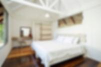 20 Las Velas Blancas bedroom white.jpg