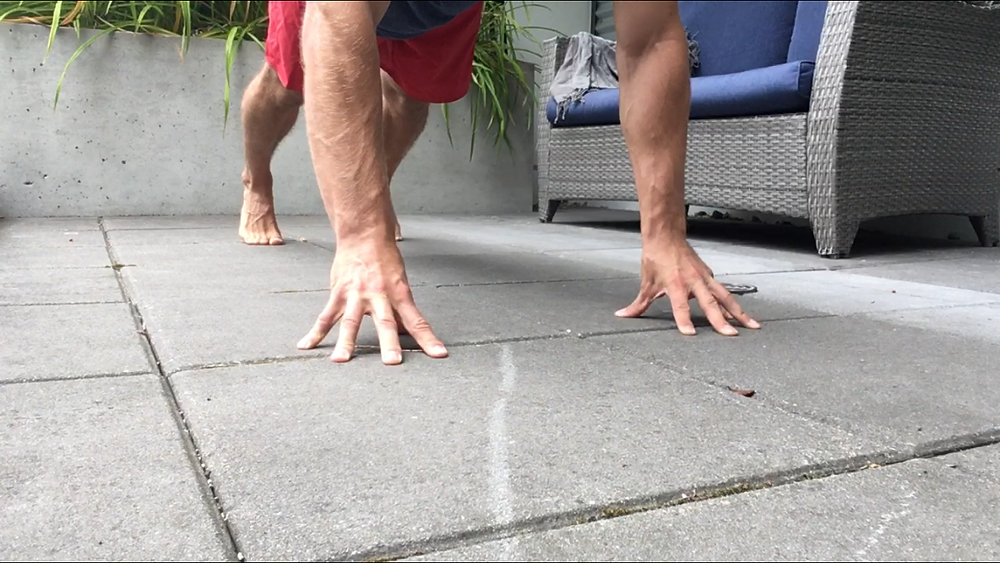 Finger plank/push up hand position