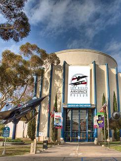 San_Diego_Air_%26_Space_Museum_entrance_2009_edited.jpg