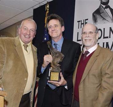 Frank J. Williams and Harold Holzer present the 2007 award to Jeff Shaara