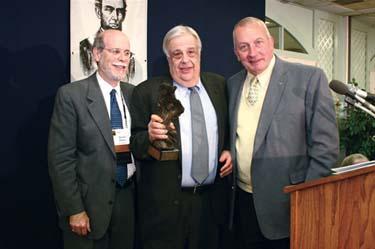 Frank J. Williams and Harold Holzer present the 2004 award to John Y Simon