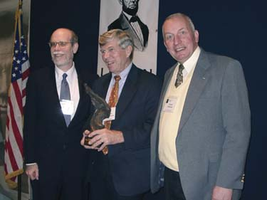 Frank J. Williams and Harold Holzer present the 2002 award to Mr. James M McPherson
