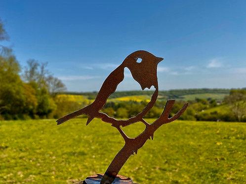 Rustic Metal Robin Bird Fence Topper Garden Art Sculpture