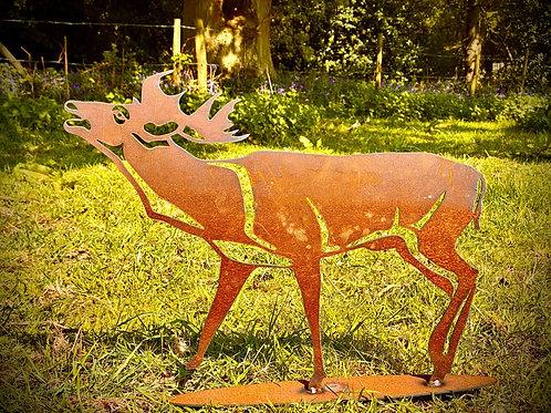 Rustic Metal Bellowing Stag Garden Art Sculpture