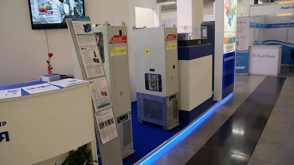 Выпрямительный и инверторный модули, входящие в состав преобразователя МТ-1000