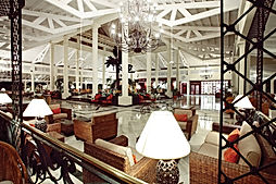 Grand-Bahia-Principe-El-Portillo-Lobby-0