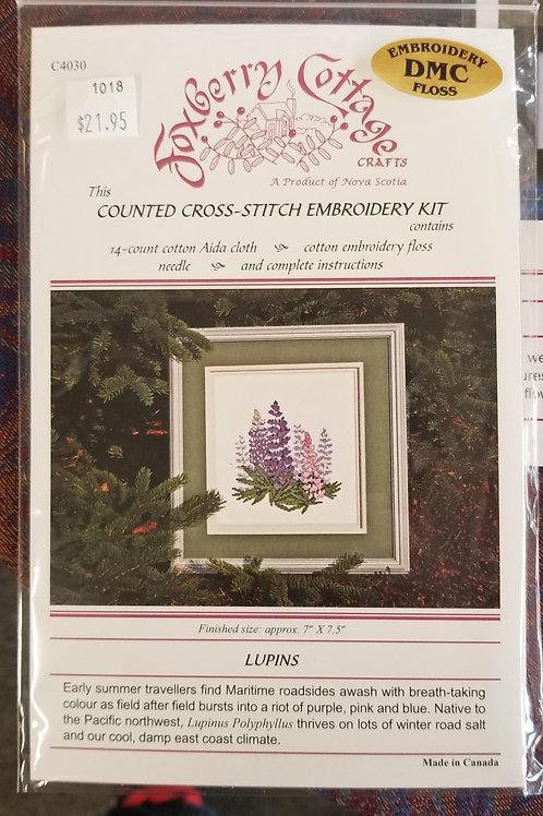 """1018 """"Lupins"""" Cross Stitch Embroidery Kit"""