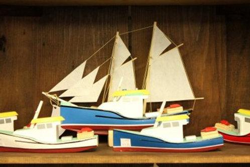"""697 Small """"Cape Island"""" Boat Model"""
