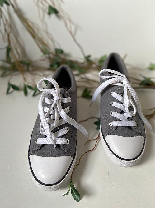 Basket grise et blanche GUESS