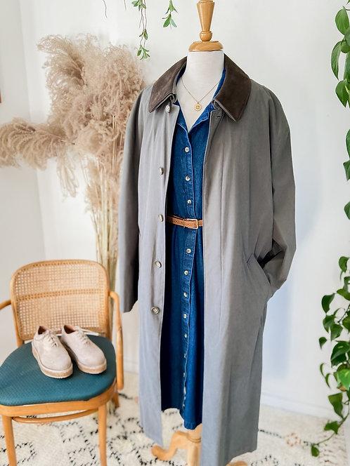 Robe denim & Long manteau de pluie suède vert