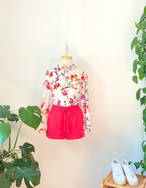 Chemise fleurie & Short taille haute