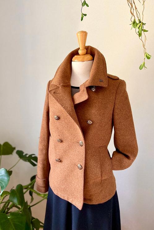 À Londre | Magnifique Manteau de Laine & Jupe et Haut noir
