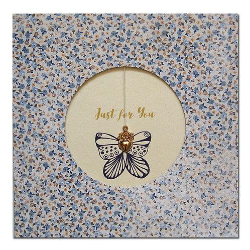 """Grusskarte """"just for you"""" mit Schmetterling und Herzanhänger"""