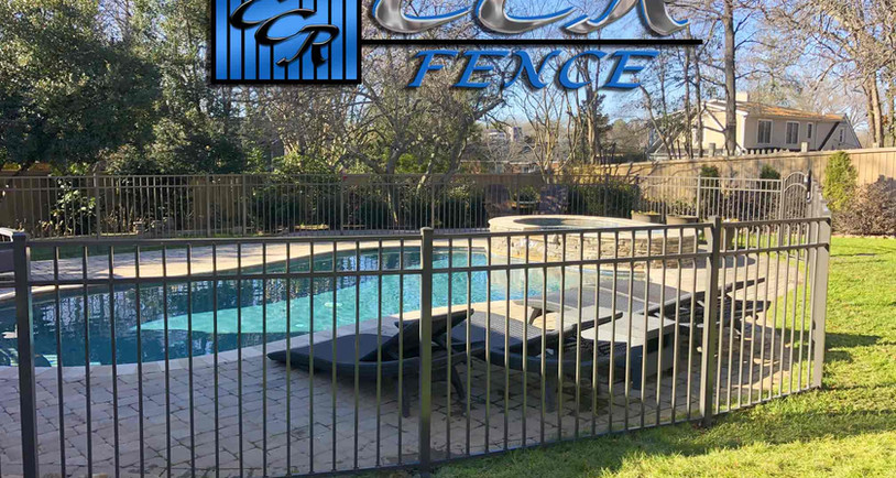Fenced-in-Pool-Area-2.jpg