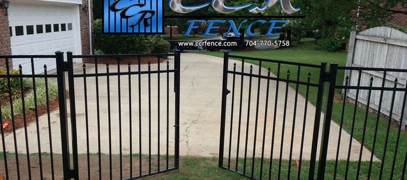 Aluminum-Fence-Double-Gate.jpg
