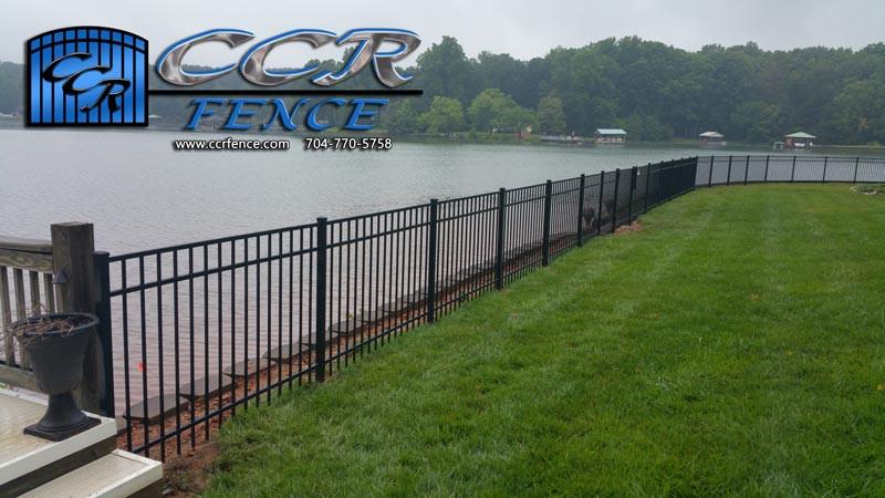 Fence-on-a-lake.jpg