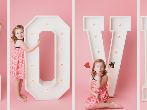 Valentine's Mini Sessions are open for booking!