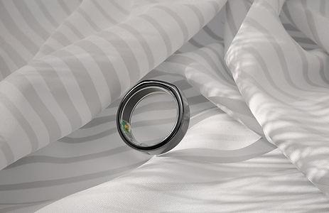 Oura Ring 06.jpg