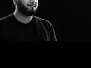 Massih Hutak voelt zich opgejaagd in Noord: 'Fuck, ik wil hier niet weg!' - Parool 21/11/2020