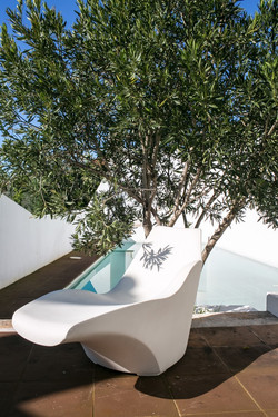 Exterior swimming pool