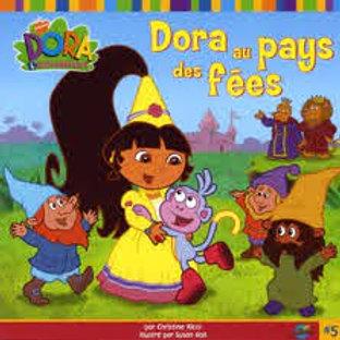 RICCI HALL: Dora au pays des fées 9782895432340 2005