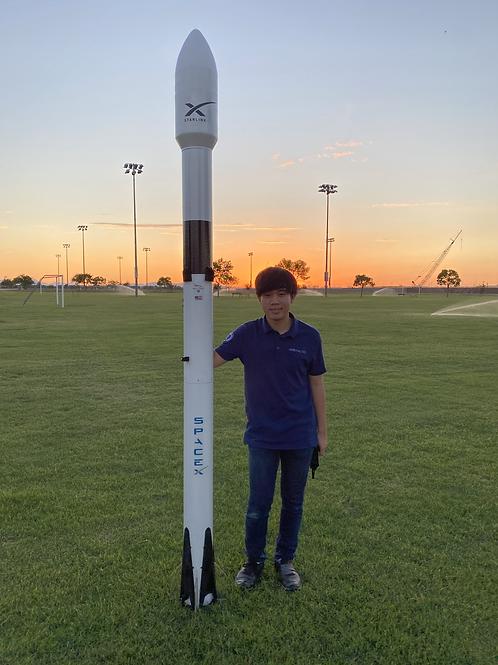 "Falcon 9 Display Model (94.5"")"