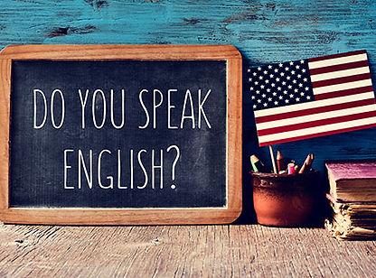 L'Ecole Montessori Bilingue Smiles'n Kis, située dans le 92 entre Iss-les-Moulineaux et Meudon, propose un enseignement bilingue anglais-français. Les enfant appennent l'anglais en s'amusant, avec une éducatrice Montessori de langue maternelle anglaise.