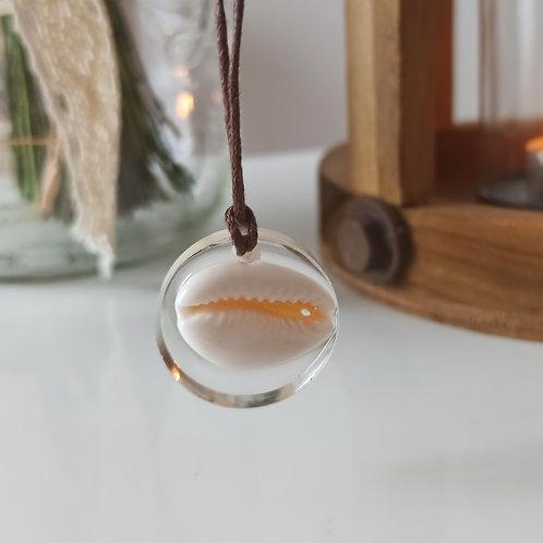 Pendentif collier Pureté coquillage Cauri