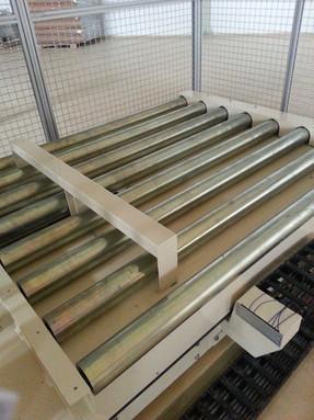 roller conveyor stm.jpg