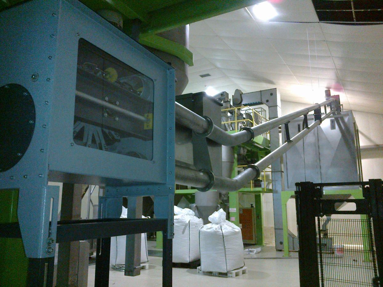 tube chain conveyor nut.jpg