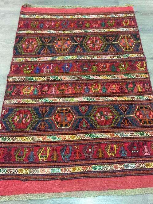 alfombra kilim BORDADO